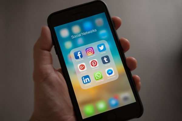 Social Media Apps - How to find jobs